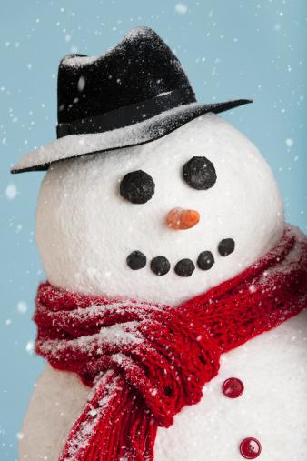 雪だるま「Studio shot of snowman」:スマホ壁紙(5)
