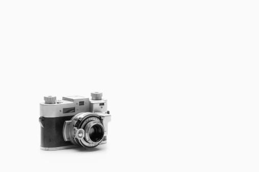 撮影テーマ「Studio shot of vintage camera」:スマホ壁紙(12)