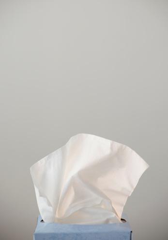 Allergy「Studio shot of tissues」:スマホ壁紙(3)