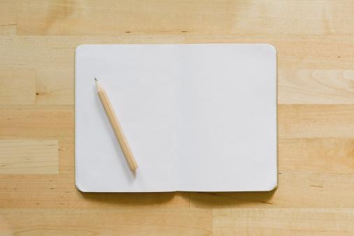 Diary「Studio shot of empty diary with pencil」:スマホ壁紙(2)