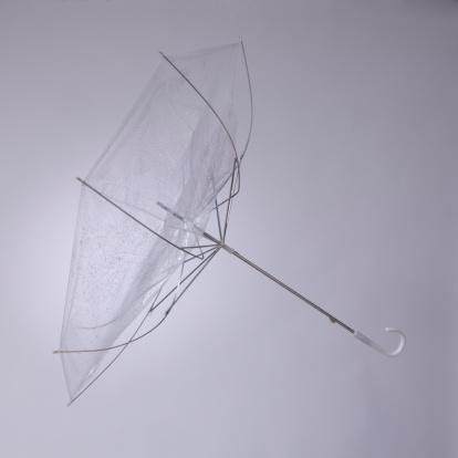 Umbrella「Studio shot of umbrella」:スマホ壁紙(19)