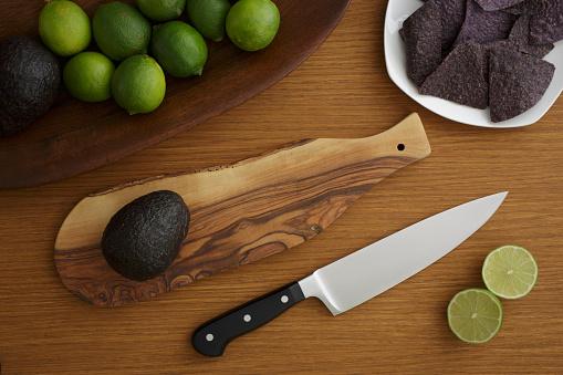 かんきつ類「Studio shot of avocado for guacamole」:スマホ壁紙(3)
