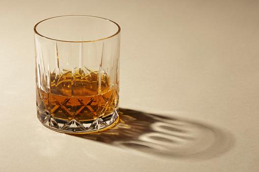 Whiskey「Studio shot of glass with alcohol」:スマホ壁紙(18)