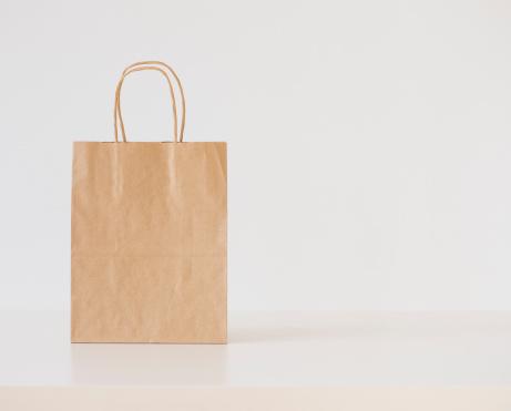 Shopping Bag「Studio shot of shopping bag」:スマホ壁紙(13)