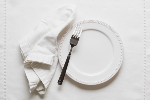 Tablecloth「Studio shot of plate and fork」:スマホ壁紙(15)