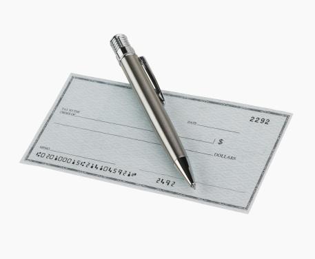 Bank Account「Studio shot of blank check and pen」:スマホ壁紙(8)