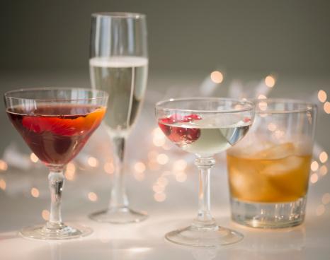 お正月「Studio shot of various cocktails in glasses」:スマホ壁紙(3)