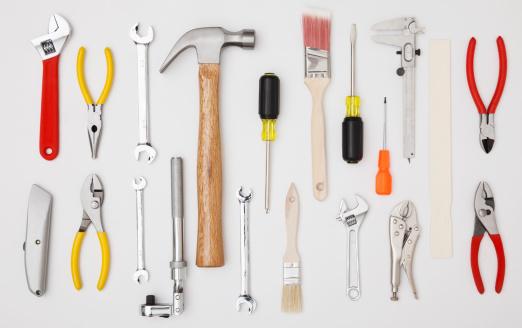 日曜大工「Studio shot of hand tools」:スマホ壁紙(1)