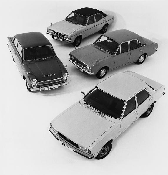 High Angle View「Ford Cortina」:写真・画像(7)[壁紙.com]