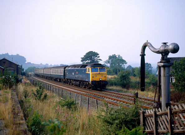 United Archives「Lazonby. No.47404 Hadrian heads south at Lazonby on the Settle and Carlisle line with the 16:35 ex Carlisle for Leeds. 23.08.1984.」:写真・画像(16)[壁紙.com]