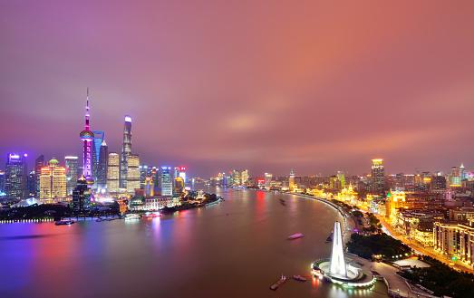 cloud「劇的な空夜に、中国の上海市」:スマホ壁紙(3)