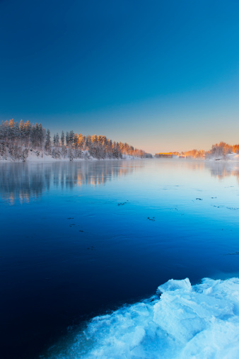 Finland「River in Scandinavia」:スマホ壁紙(13)