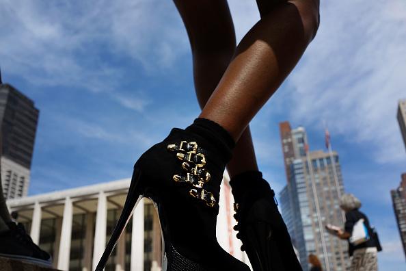 ニューヨークファッションウィーク「New York City Hosts Mercedes-Benz Fashion Week」:写真・画像(12)[壁紙.com]