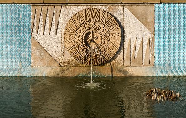 Ornamental Garden「Relief/Mosaic By William Mitchell」:写真・画像(12)[壁紙.com]