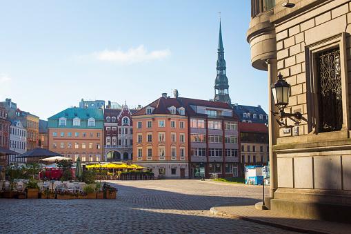 トウヒ「Buildings in Riga city center, Latvia」:スマホ壁紙(11)