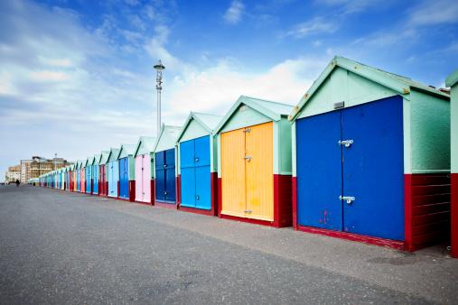 Brighton - England「British Beach Huts」:スマホ壁紙(9)