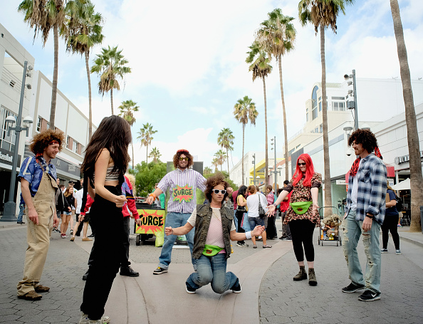 Medium Group Of People「SURGE Makes A Comeback With Pauly Shore」:写真・画像(1)[壁紙.com]