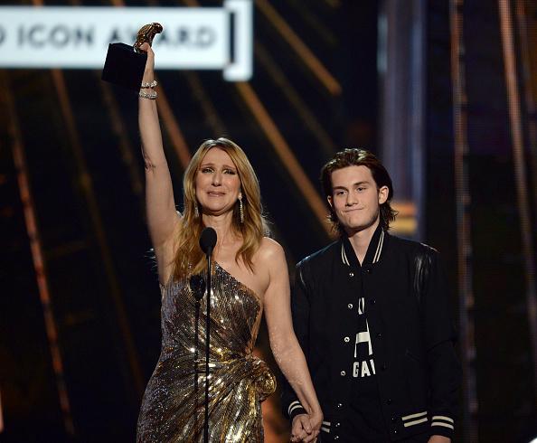 セリーヌ・ディオン「2016 Billboard Music Awards - Show」:写真・画像(12)[壁紙.com]