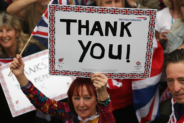 2012 Summer Paralympics - London「Messages Of Support Are Held Aloft During The Olympic Parade」:写真・画像(16)[壁紙.com]