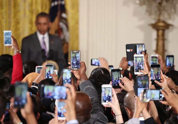 Wireless Technology「President Obama Hosts Eid al-Fitr Reception At The White House」:写真・画像(13)[壁紙.com]