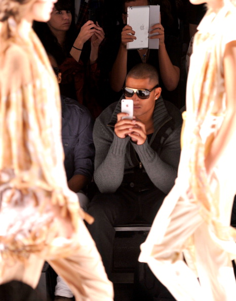 Stephen Lovekin「Nicholas K - Front Row - Spring 2013 Mercedes-Benz Fashion Week」:写真・画像(16)[壁紙.com]