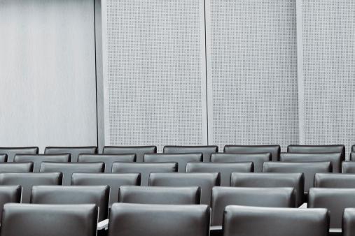 Legal System「Courtroom Empty Seat」:スマホ壁紙(13)