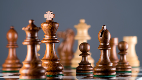 Gray Background「chess board」:スマホ壁紙(15)