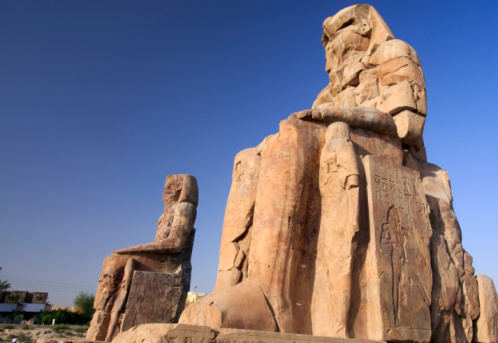 West Bank「Colossi of Memnon in Luxor, Egypt」:スマホ壁紙(18)