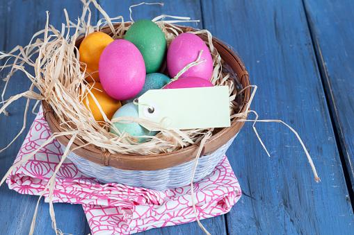 イースター「Colourful Easter basket with tag」:スマホ壁紙(6)