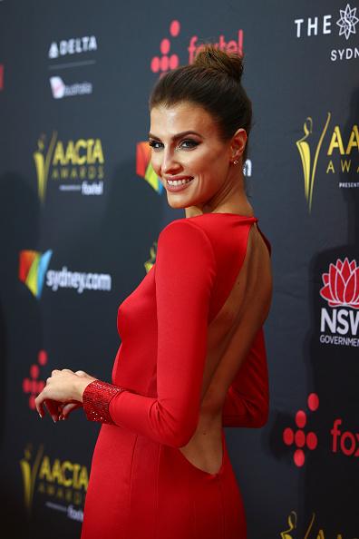 カメラ目線「7th AACTA Awards Presented by Foxtel | Red Carpet」:写真・画像(0)[壁紙.com]