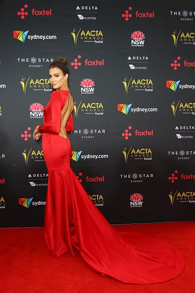 カメラ目線「7th AACTA Awards Presented by Foxtel | Red Carpet」:写真・画像(1)[壁紙.com]