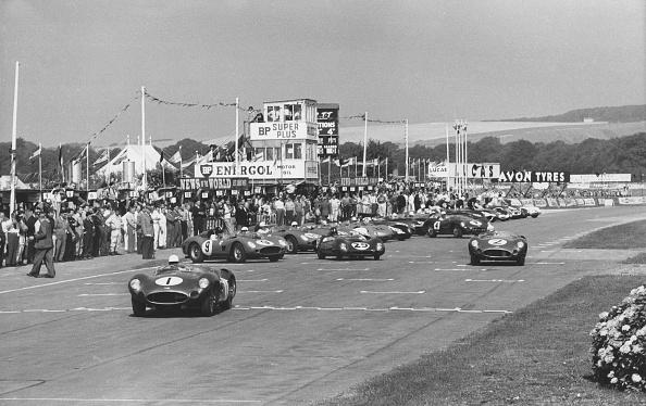 Sports Race「Start Of 1959 Tourist Trophy Race At Goodwood. Creator: Unknown.」:写真・画像(10)[壁紙.com]