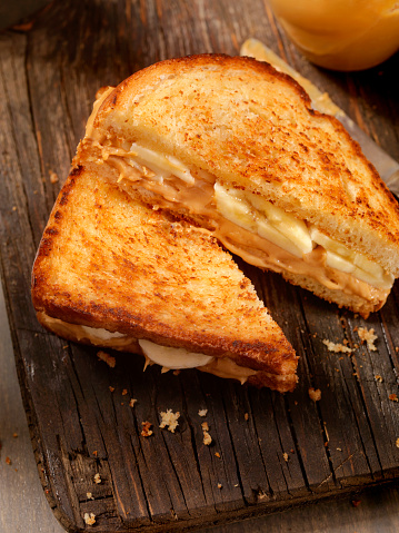 Toasted Sandwich「Grilled Peanut Butter and Banana Sandwich」:スマホ壁紙(18)