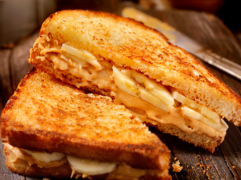 Toasted Sandwich「Grilled Peanut Butter and Banana Sandwich」:スマホ壁紙(12)