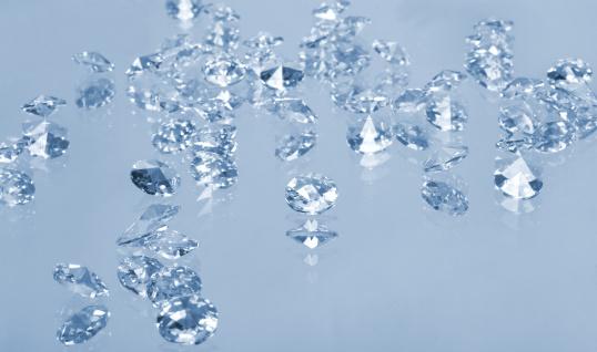結晶「輝くジェムズ、絶縁にブルー」:スマホ壁紙(8)
