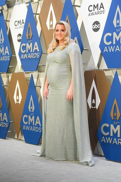 Music City Center「The 54th Annual CMA Awards - Arrivals」:写真・画像(7)[壁紙.com]