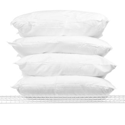 Pillow「Four Pillows on Shelf」:スマホ壁紙(18)