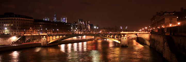夜「パリのナイトライフ」:スマホ壁紙(17)
