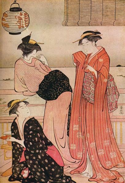 着物「'Three girls on the veranda of a tea-house overlooking Edo Bay at Shinagawa', c1752-1815. Artist: Torii Kiyonaga.」:写真・画像(14)[壁紙.com]