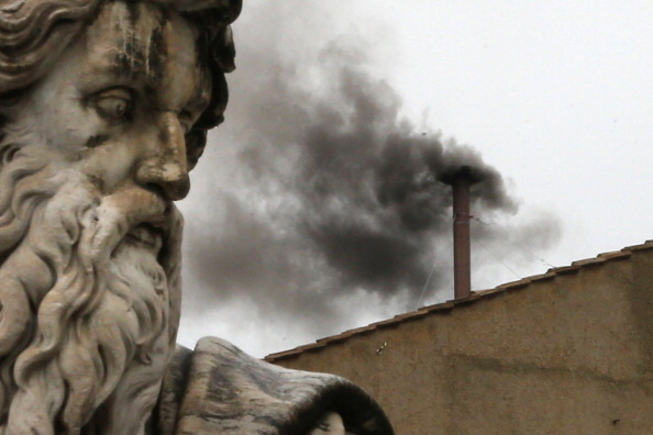 Sculpture「The Papal Conclave Day Two」:写真・画像(7)[壁紙.com]