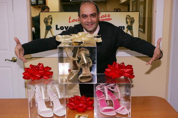 Katy Winn「14K Diamond Shoes To Be Given To Paris Hilton」:写真・画像(0)[壁紙.com]