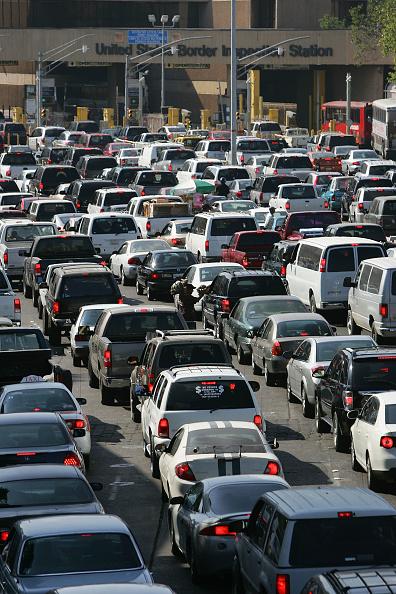 Baja California Peninsula「Americans Fuel Up On Cheaper Gas Over The Border Of Mexico」:写真・画像(10)[壁紙.com]