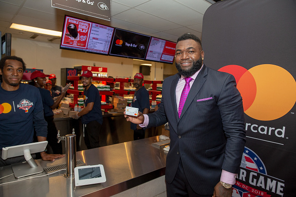 David Ortiz「Mastercard Launches The Keep Moving Challenge With David Ortiz And Alex Rodriguez During The MLB All-Star Game At Nationals Park In Washington, D.C.」:写真・画像(15)[壁紙.com]