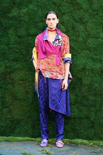 Lavender Color「Ozlem Suer - Presentation - Mercedes-Benz Fashion Week Istanbul   - October 2016」:写真・画像(17)[壁紙.com]