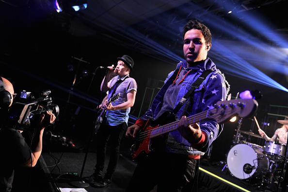 Stephen Lovekin「Fall Out Boy At iHeartRadio Live」:写真・画像(19)[壁紙.com]