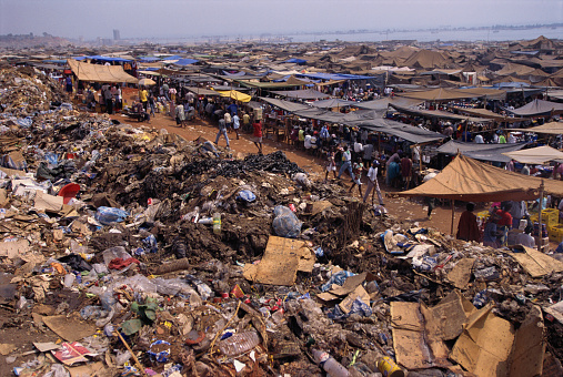 Entertainment Tent「Slum Living Conditions in Roche Santiero Market」:スマホ壁紙(11)
