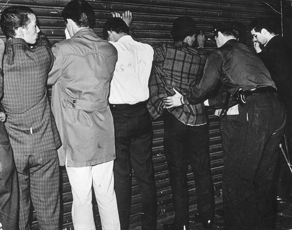 Helmut Kretz「Gang Members」:写真・画像(10)[壁紙.com]