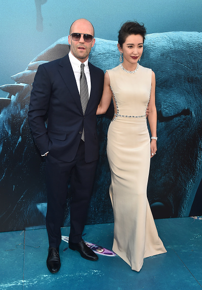 """Li Bingbing「Warner Bros. Pictures And Gravity Pictures' Premiere Of """"The Meg"""" - Red Carpet」:写真・画像(15)[壁紙.com]"""