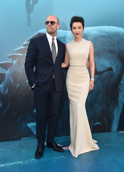 """Li Bingbing「Warner Bros. Pictures And Gravity Pictures' Premiere Of """"The Meg"""" - Red Carpet」:写真・画像(0)[壁紙.com]"""