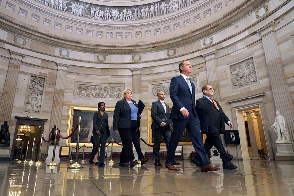 Manager「Senate Begins Pre-Trial Impeachment Proceedings」:写真・画像(1)[壁紙.com]